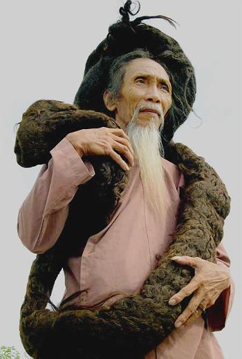 Обладатель самых длинных волос в мире