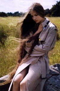 Одна из обладательниц длиннейших волос в мире