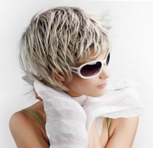 На коротких волосах мелирование смотрится очень красиво