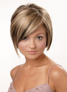 Прически на выпускной на короткие волосы с челкой
