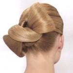 Как сделать бант из волос?