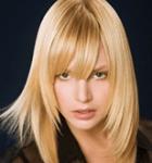 Фото стрижки каскад на средних волосах.