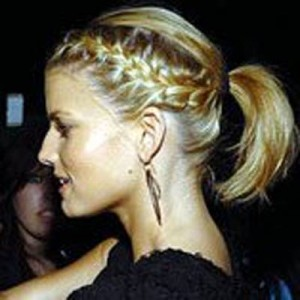 Красивые косы на короткие волосы на бок
