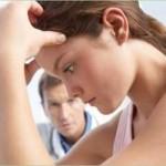 Муж изменяет но не уходит — как быть?