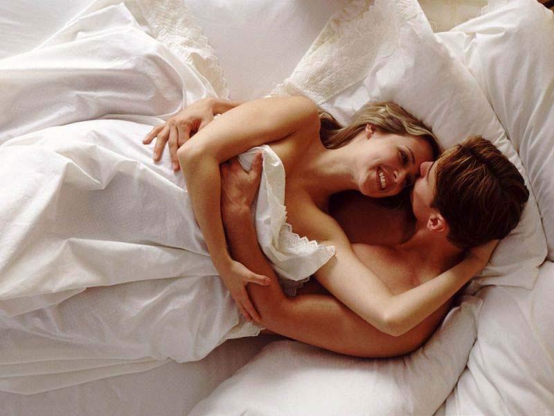 Скромный секс между мужем и женои позы