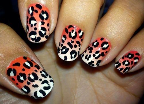 Маникюр на коротких ногтях в домашних
