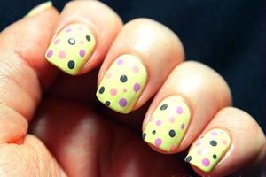 Легкий рисунок на ногтях маленькие ногти