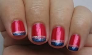 Цветной французский маникюр на коротких ногтях