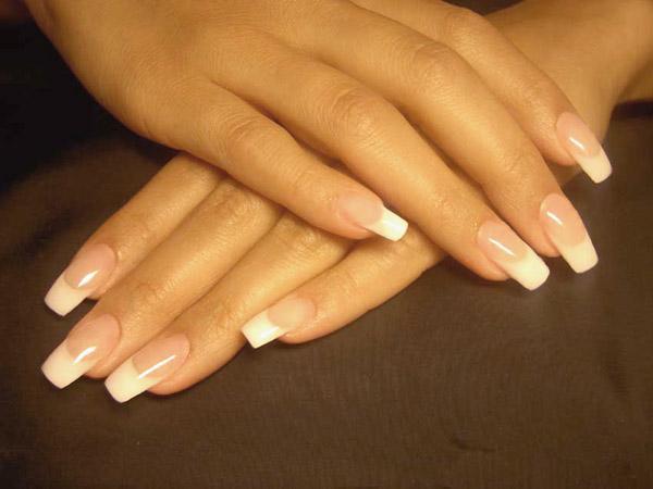 Как сделать наращивание ногтей гелем?