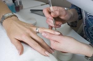 коррекция ногтей в домашних условиях
