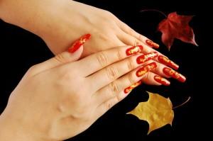 Как выполнить осенний дизайн ногтей?