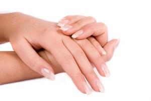Как быстро отрастить ногти в домашних условиях?