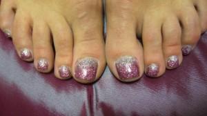 Фото наращенных ногтей на ногах  - красивый дизайн