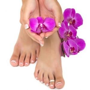 Наращивание ногтей на ногах  - преимущества