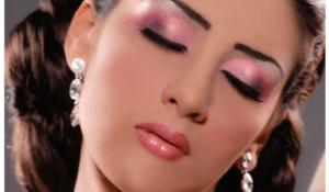 Уроки макияжа для карих глаз - выбор помады