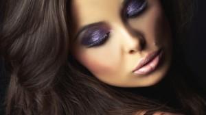 Вечерний макияж для брюнеток - выбор цвета