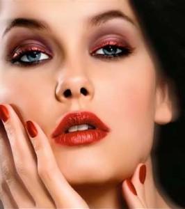 Вечерний макияж для брюнеток - правила