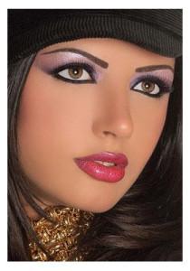 Восточный макияж для карих глаз - оформление бровей
