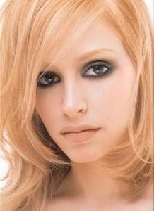 Дымчатый макияж для карих глаз фото