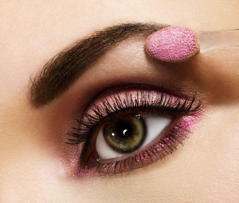 Зрительное увеличение глаз с