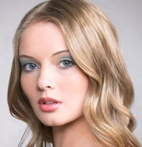 вечерний макияж для зеленых глаз блондинок