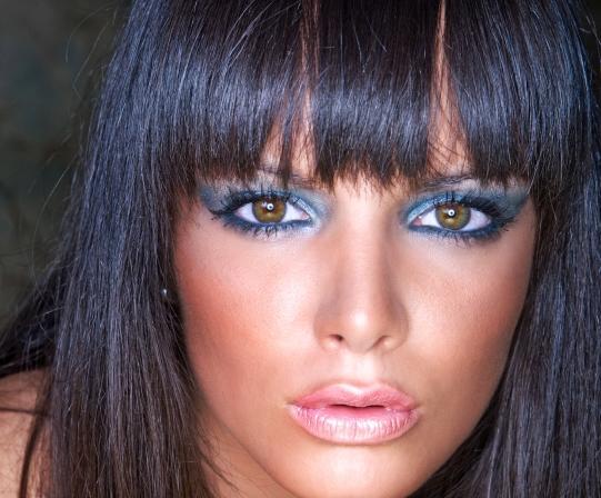 эффектный макияж для брюнеток: