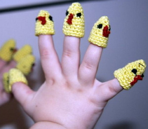 Как правильно играть в пальчиковые игры