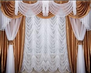 Какими должны быть шторы для зала